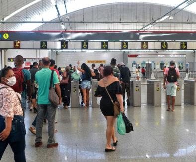 Câmeras monitoram temperatura de passageiros no Metrô de Salvador